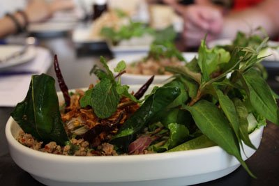 Larb Moo (Minced meat with herbs)